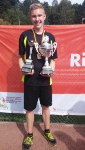Alexander Wiß- 3 facher Deutscher Schülermeister Einzelsieger Doppel und Doppel WTF mit Philipp Wiß Vizemeister im Mixed mit Celine Alsbach
