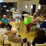 therapeutischer Stuhlkreis in der Hotelbar: hier wurden die wahren Probleme des Lebens gelöst