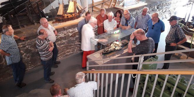 Seniorensportgruppe 50 Plus besuchte Rheinmuseum in E-stein